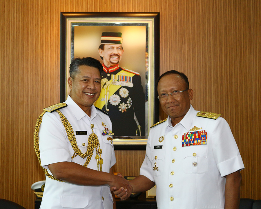 ACTING RBAF COMMANDER RECEIVED FAREWELL CALL FROM CHIEF OF NAVY MALAYSIAN ARMED FORCES