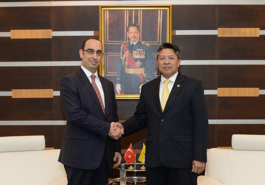 DEPUTY MINISTER OF DEFENCE RECEIVES INTRODUCTORY CALL FROM THE AMBASSADOR EXTRAORDINARY AND PLENIPOTENTIARY OF THE REPUBLIC OF TURKEY TO BRUNEI DARUSSALAM