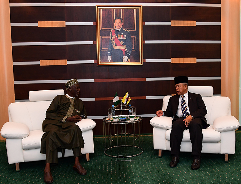 MINISTER OF DEFENCE II RECEIVES INTRODUCTORY CALL BY NEW NIGERIAN NON-RESIDENT HIGH COMMISSIONER TO BRUNEI DARUSSALAM