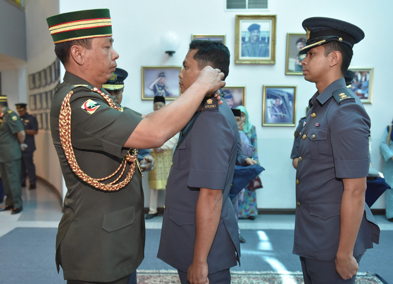 SPECIAL COMMISSIONING CEREMONY FOR ROYAL BRUNEI AIRFORCE AIRMAN
