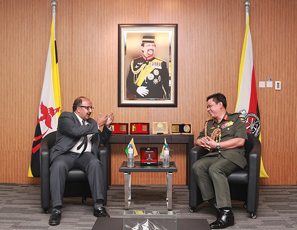 RBAF COMMANDER RECEIVES INTRODUCTORY CALL FROM HIGH COMMISSIONER OF  INDIA TO BRUNEI DARUSSALAM