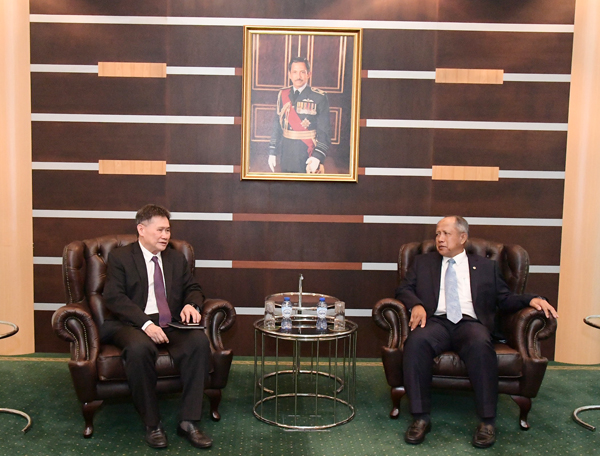 SECOND MINISTER OF DEFENCE RECEIVES COURTESY CALL BY SECRETARY GENERAL OF ASEAN